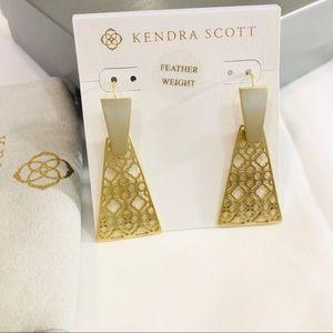 Keerti Small Drop Earrings in Gold Filigree NWT